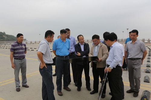 珠海香洲 潘明副市长带队到海滨泳场调研改造提升二期工程工作